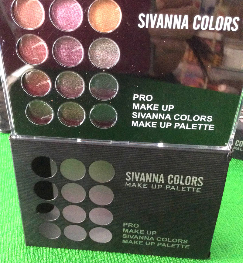 http://shopdep24h.com/images/phan-ma-hong-phan-mat/bo-phan-sivanna-colors-pro-make-up-palette/IMG_6721_zpsmpseloqu.jpg